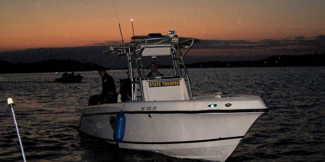 3 dead in Lake of the Ozarks boat crash - 93 9 The Eagle